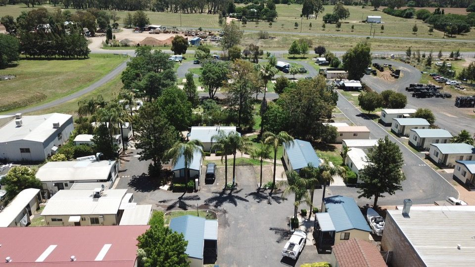 Welcome to Dubbo Midstate Caravan Park! Photo credit: Four Hands in a Tin Can